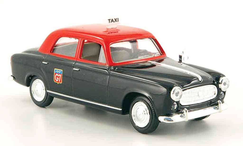 Peugeot 403 Berline 1/43 Solido taxi miniature