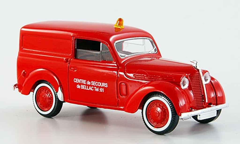 Renault Juvaquatre 1/43 Solido pompier diecast