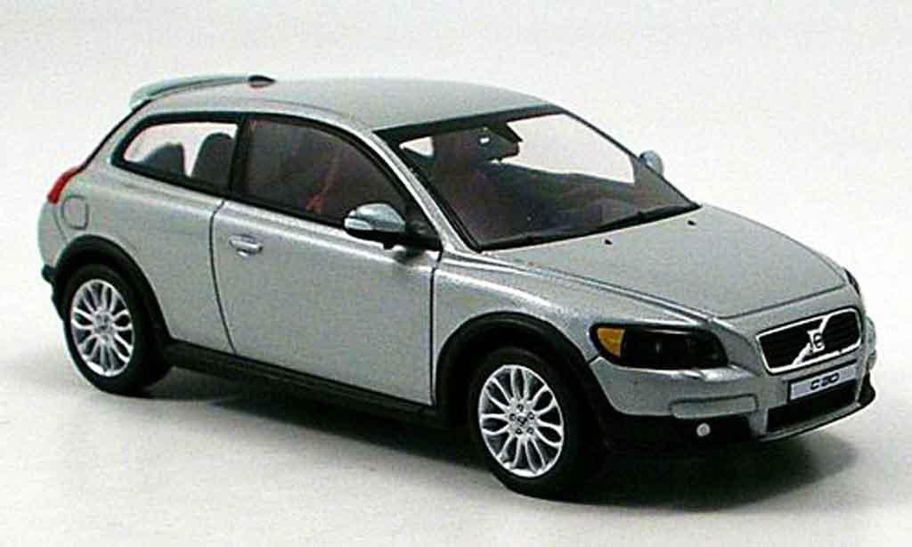 Volvo C30 1/43 Motorart grise miniature