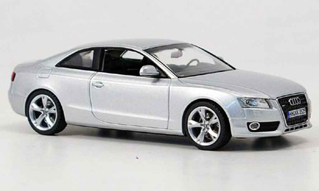 Audi A5 1/43 Schuco A5 grise metallisee 2007 miniature