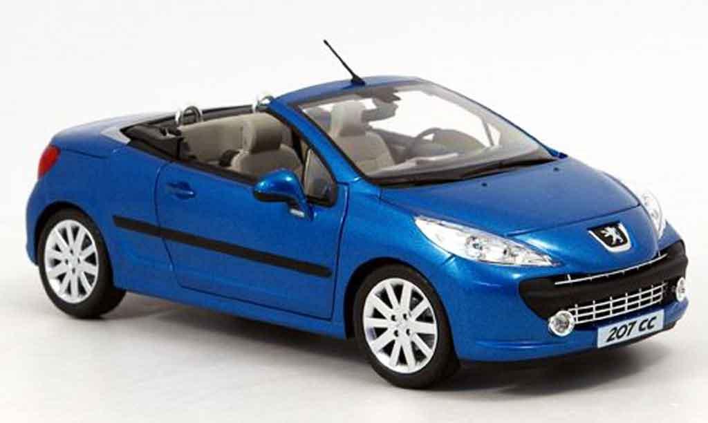 Peugeot 207 CC 1/18 Norev bleu 2007 miniature