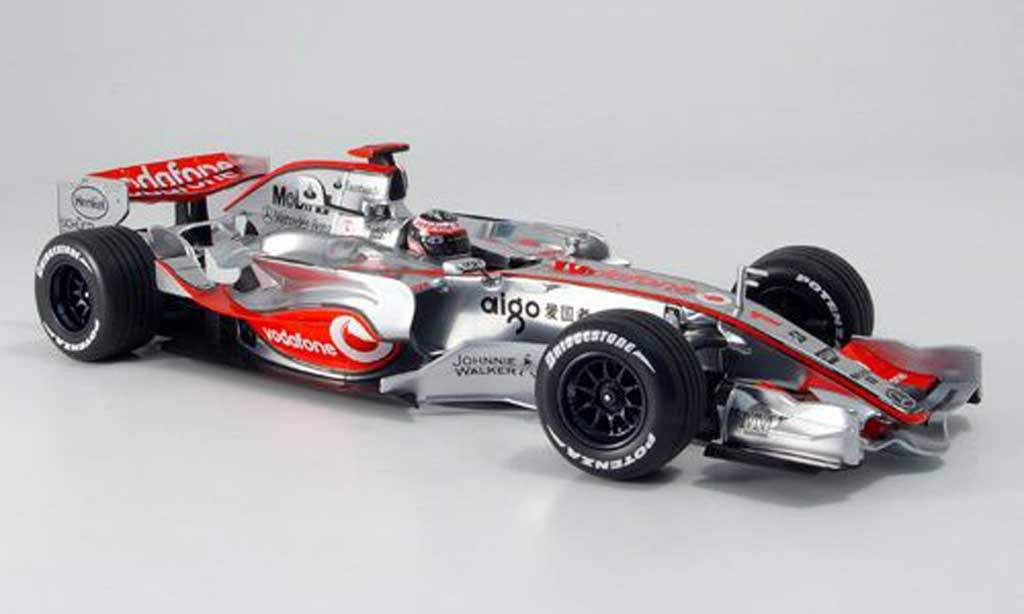 Mercedes F1 1/18 Minichamps mclaren vodafone mp 4 22 alonso 2007 diecast model cars