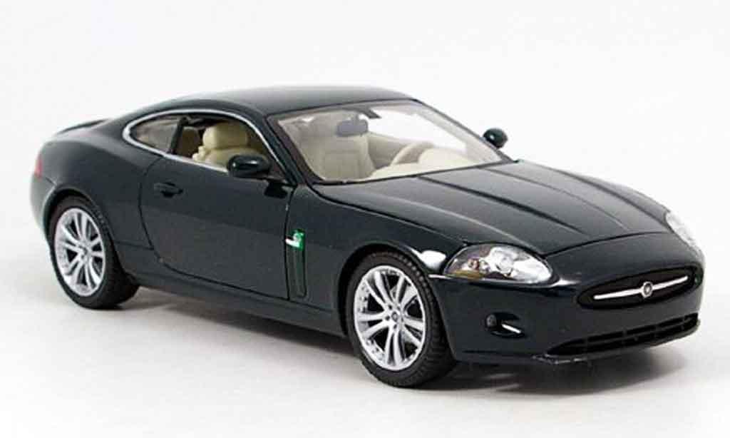 Jaguar XK coupe 1/18 Welly grun modellautos