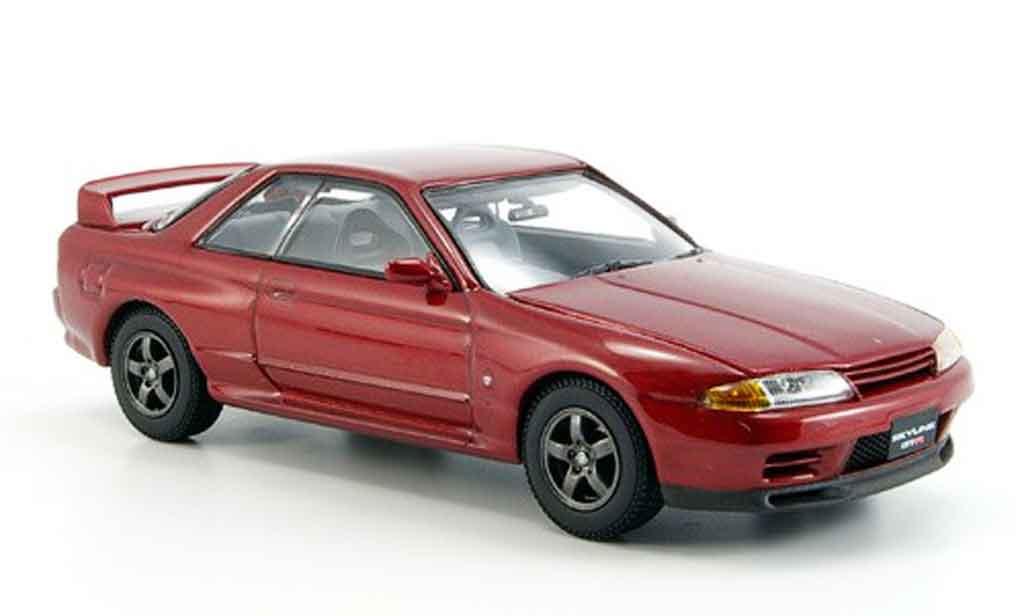 Nissan Skyline R32 1/43 Kyosho GTR rosso miniatura