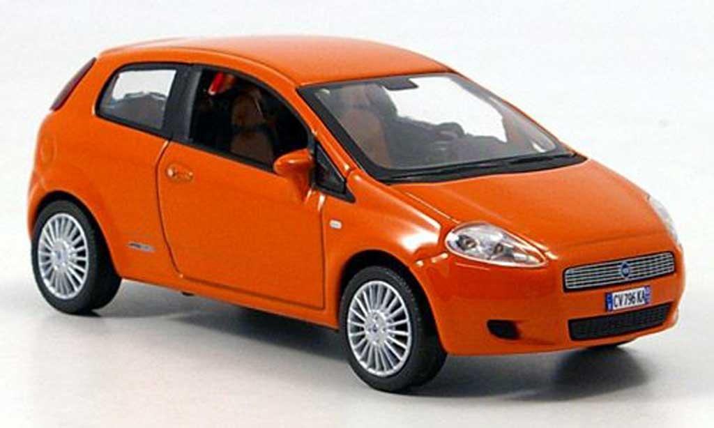 Fiat Grande Punto 1/43 Norev orange 3-portes 2005