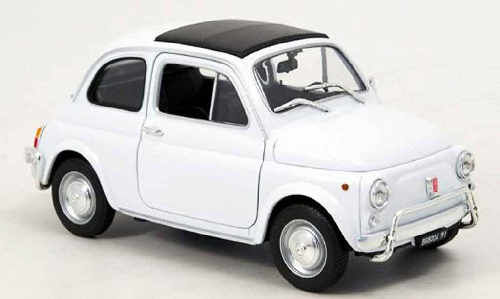 Fiat 500 1/18 Welly blanche 1957 miniature