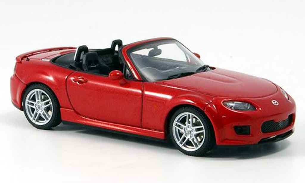 Mazda MX5 2006 1/43 Autoart MX 5 rouge RHD