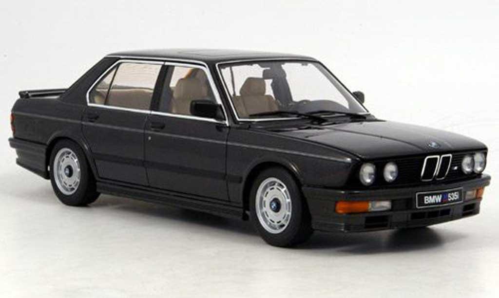 Bmw 535 M 1/18 Autoart i nero 1985 miniatura
