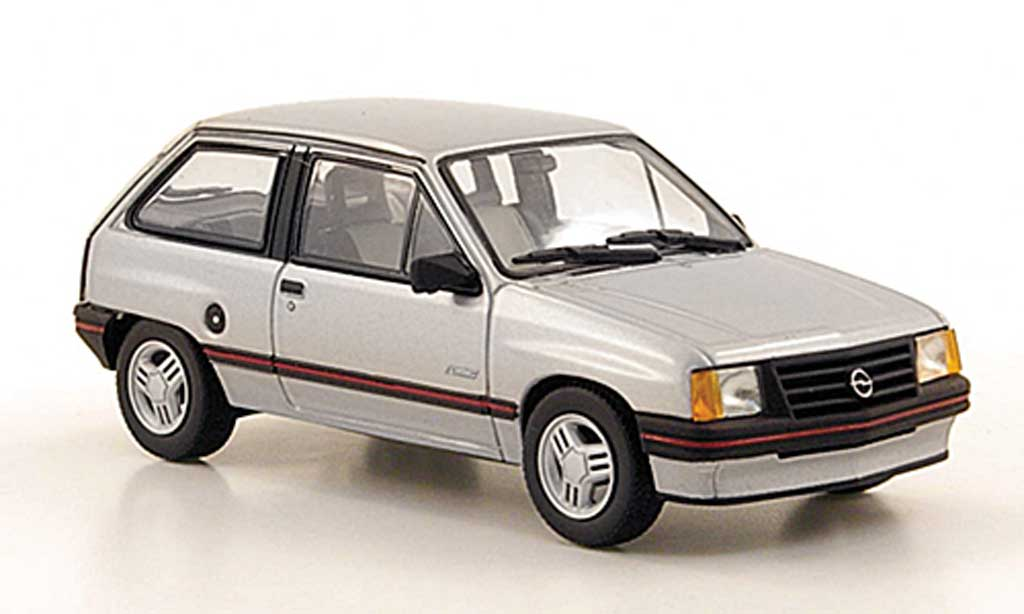 Opel Corsa 1/43 Minichamps A grise  1984 miniature
