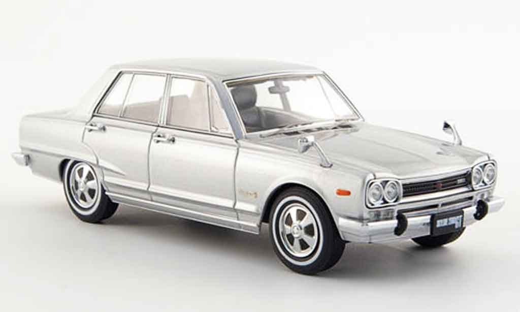 Nissan Skyline 2000 1/43 Ebbro GT (GC10) grey metallisee 4 Turer 1968 diecast model cars