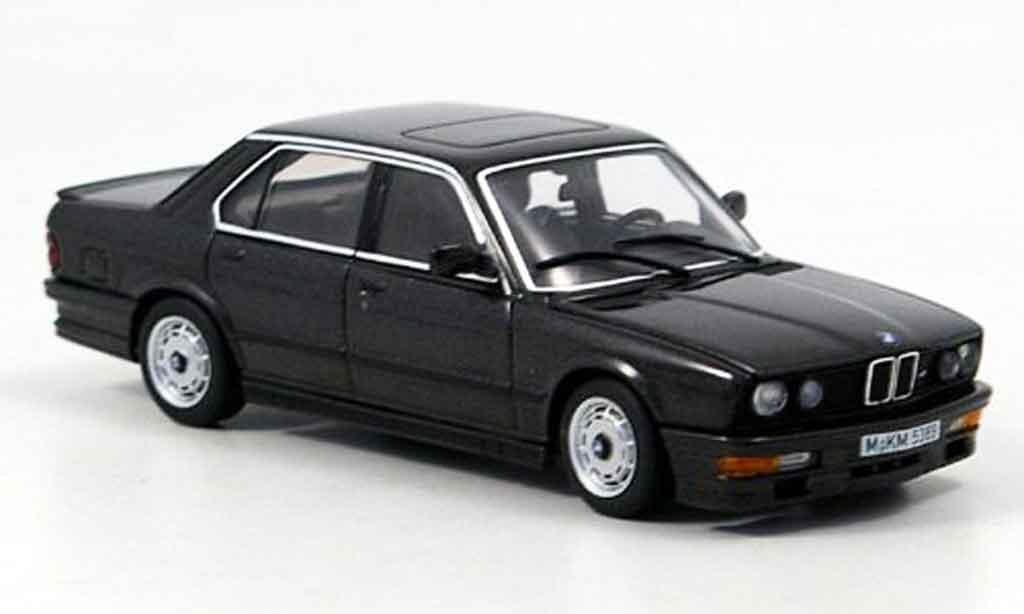 Bmw 535 1/43 Autoart i (E 28) black 1985 diecast model cars
