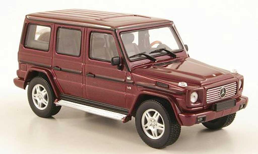 Mercedes Classe G 1/43 Autoart rouge LWB / 5-portes miniature