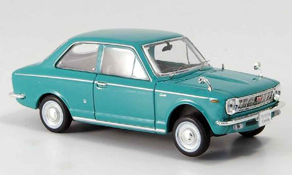 Toyota Corolla 1/43 Norev verte 1966 miniature