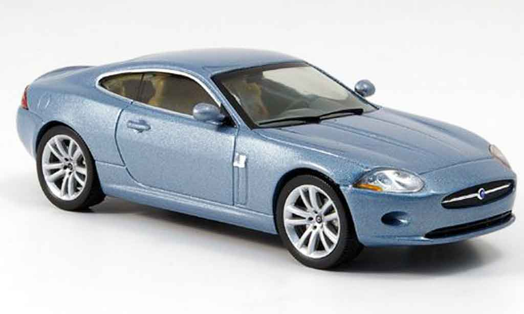 Jaguar XK coupe 1/43 IXO bleu 2005 diecast model cars