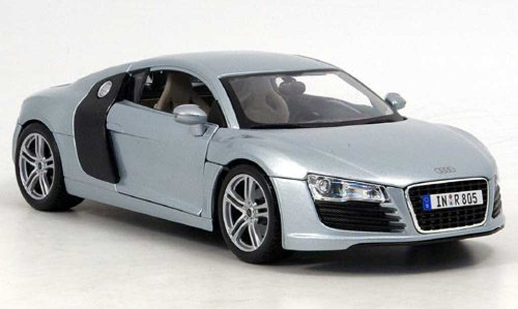 Audi R8 5.2 FSI 1/18 Maisto grise clair metallized miniature