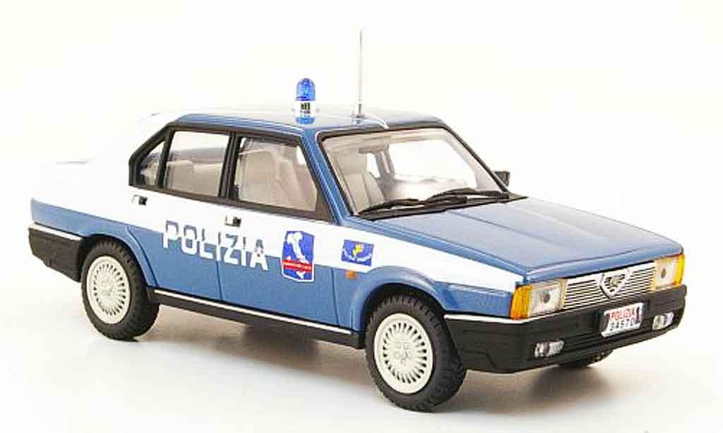 Alfa Romeo 90 1/43 Pego berline autostrada police 1984 miniature