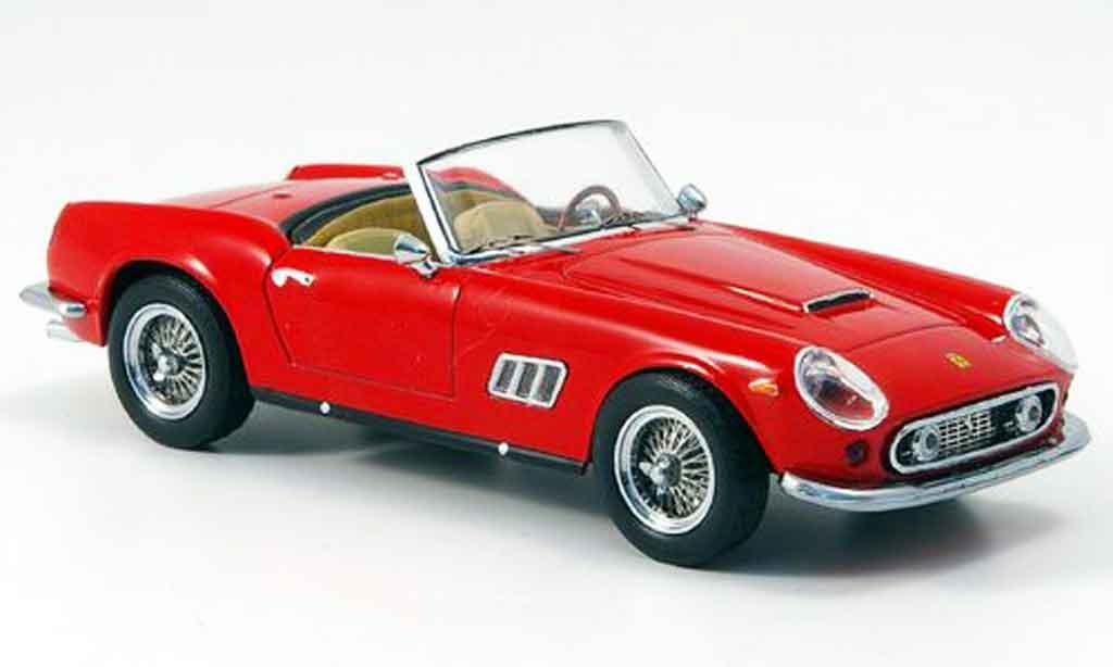 Ferrari 250 GT California 1/43 IXO california rouge 1957 miniature