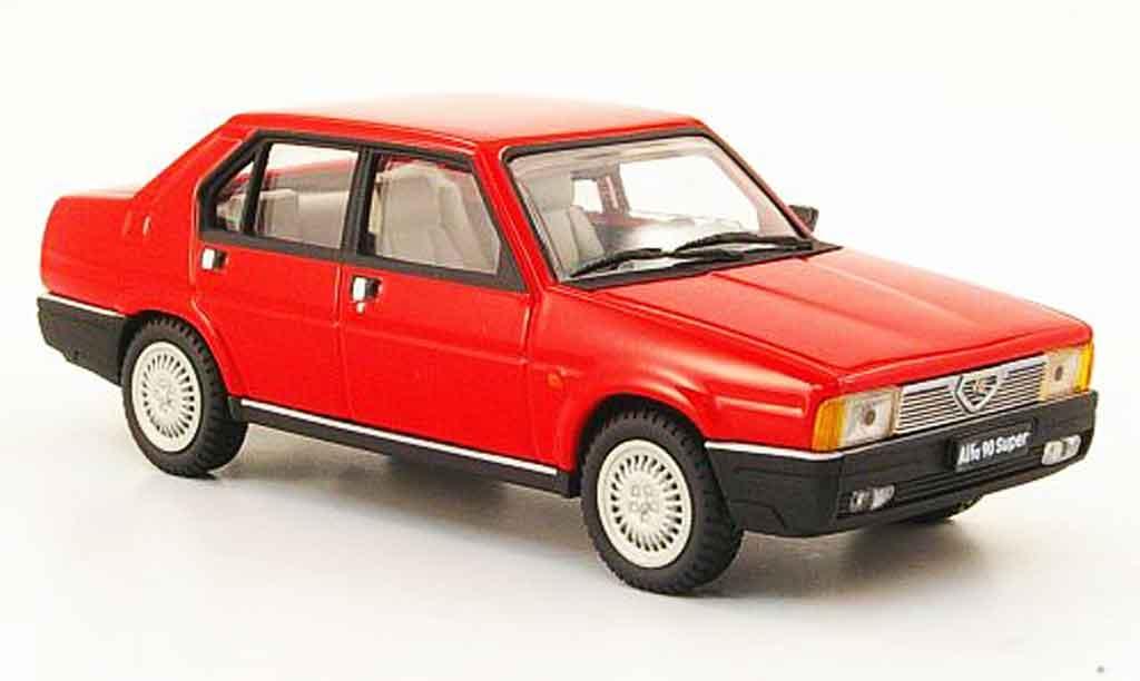 Alfa Romeo 90 1/43 Pego super rouge 1984 miniature