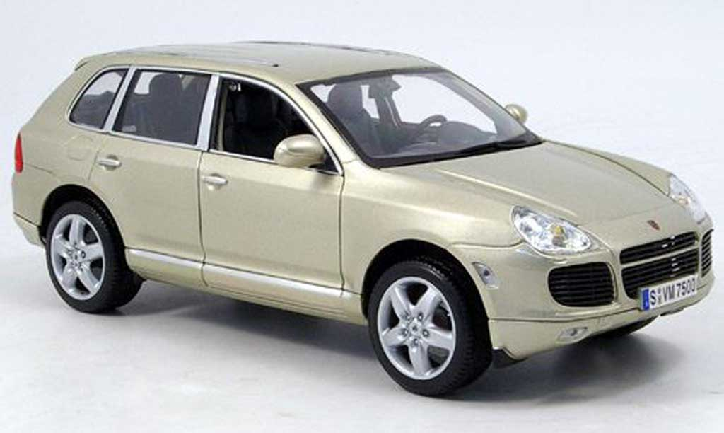 Porsche Cayenne Turbo 1/18 Maisto turbo beige 2003 miniature