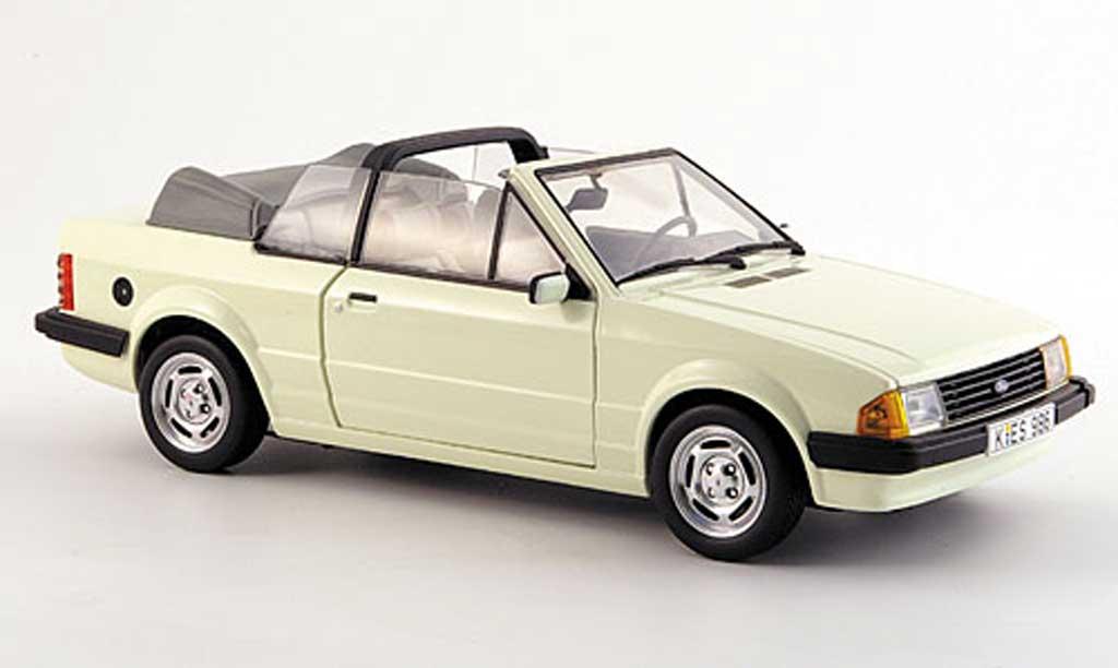 Ford Escort MK3 1/18 Sun Star gl cabriolet cremeblanche 1984 miniature