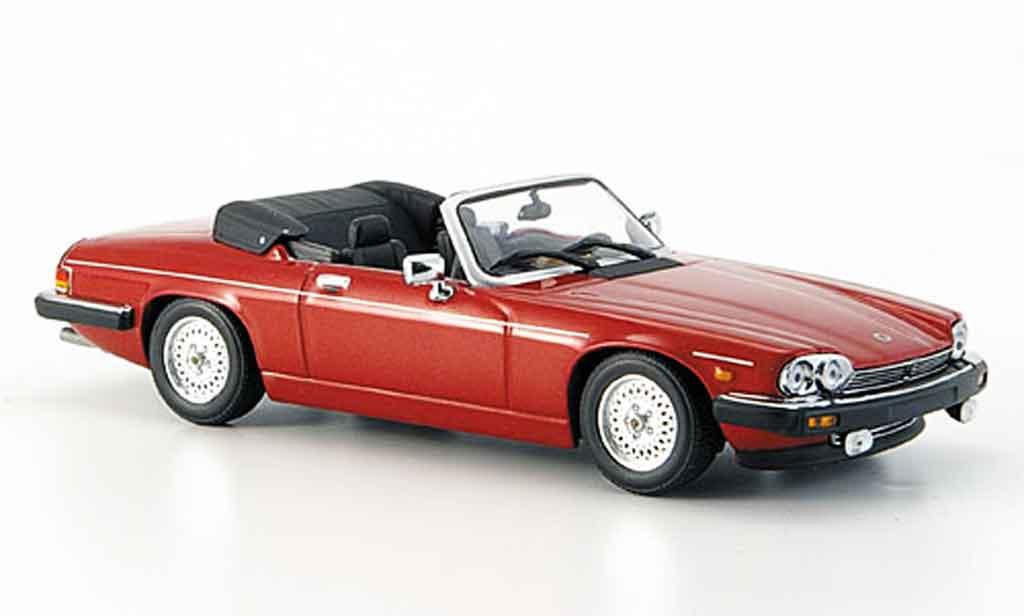 Jaguar XJS 1980 1/43 Minichamps cabriolet rouge geoffnetes verdeck miniature