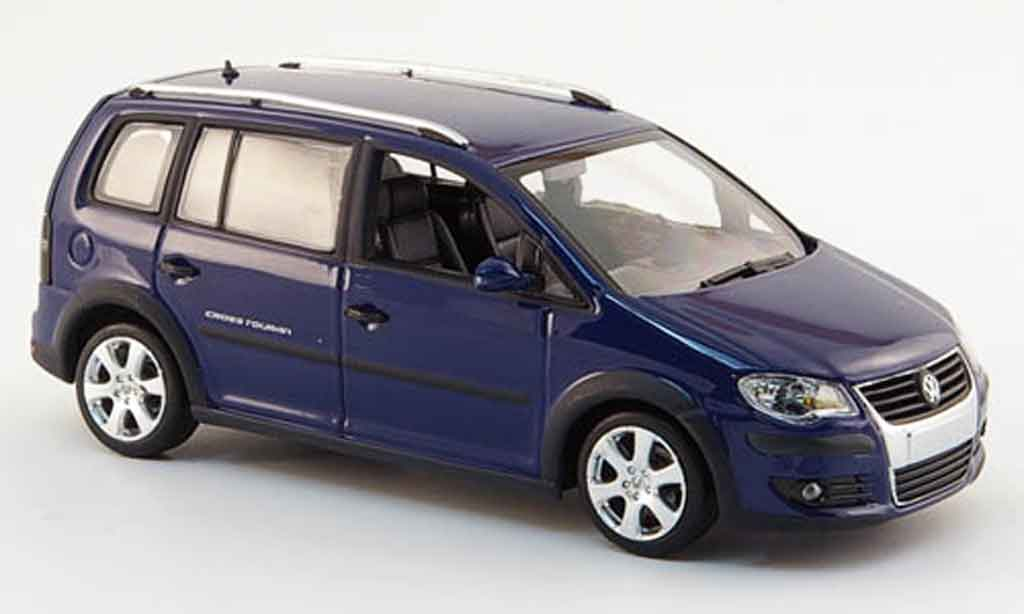 Volkswagen Combi 1/43 Minichamps cross bleu 2006 diecast model cars
