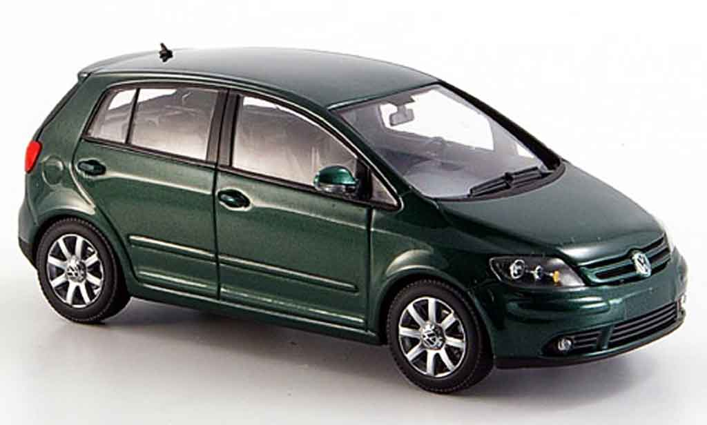 Volkswagen Golf V 1/43 Minichamps plus verte 2004 miniature
