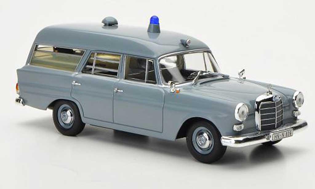 Mercedes 190 1/43 Minichamps Krankentransportwagen Deutsches rossoes Kreuz 1961