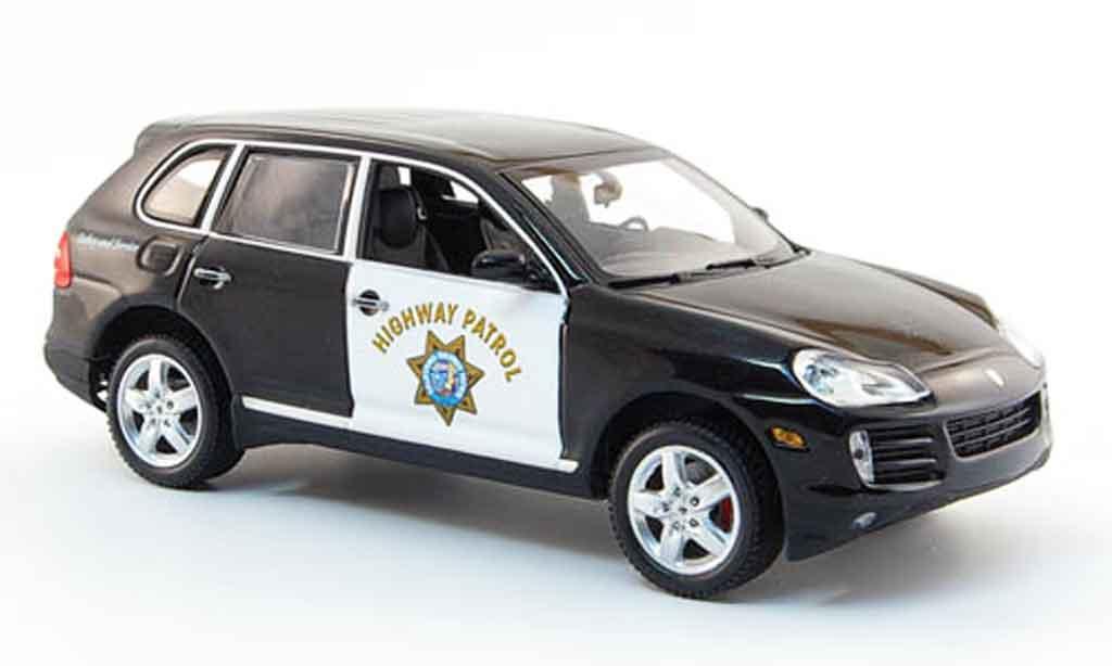 Porsche Cayenne 1/43 Minichamps Highway Patrol 2007 modellautos
