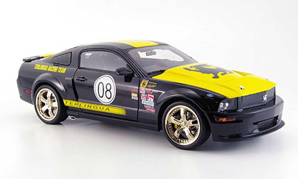 Shelby GT 1/18 Shelby Collectibles no.07 noire jaune terlingua race version 2008 miniature