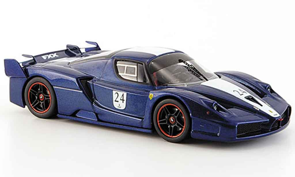 Ferrari Enzo FXX 1/43 Hot Wheels Elite no.24 bleu blancheer streifen tour de france miniature