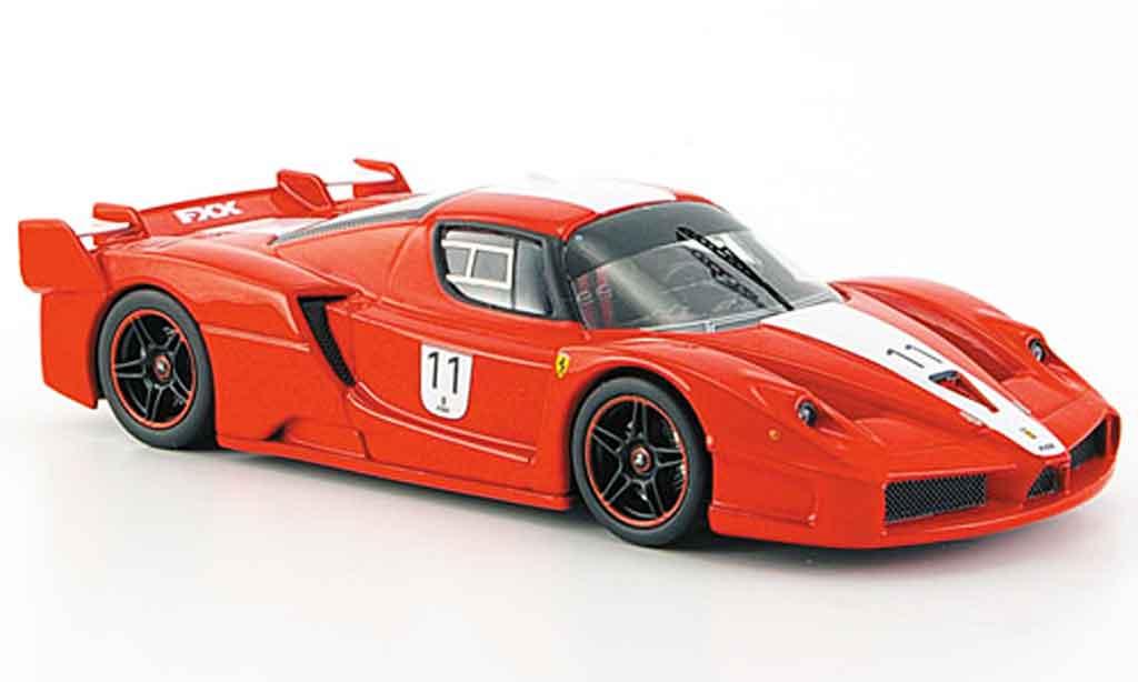 Ferrari Enzo FXX 1/43 Hot Wheels Elite no.11 signalrosso avec biancaem streifen miniatura