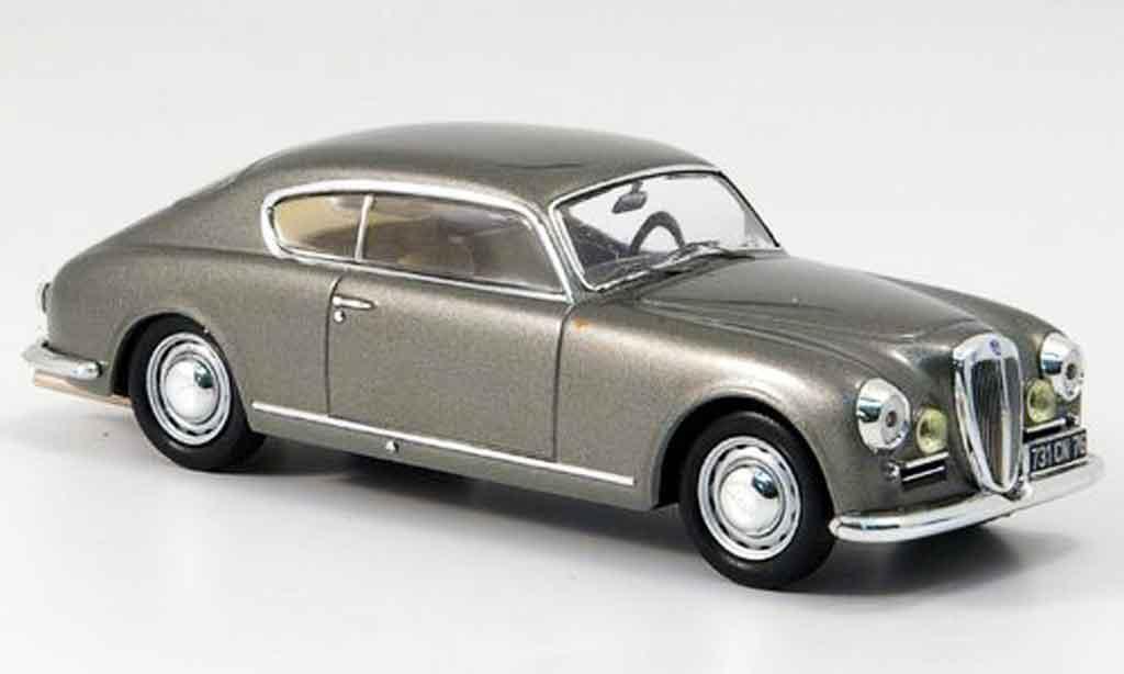 Lancia Aurelia B20 1/43 IXO grise metallisee 1953 miniature