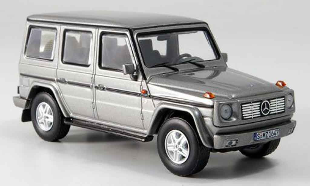 Mercedes Classe G 1/43 IXO G500 V8 grise metallisee Limousine 1994 miniature