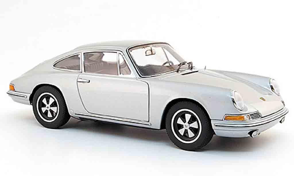 Porsche 911 S 1/18 Autoart grise 1968 miniature