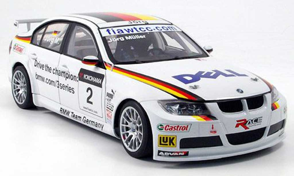 Bmw 320 E90 1/18 Autoart si no.2 team germany j.muller 2007 WTCC miniature
