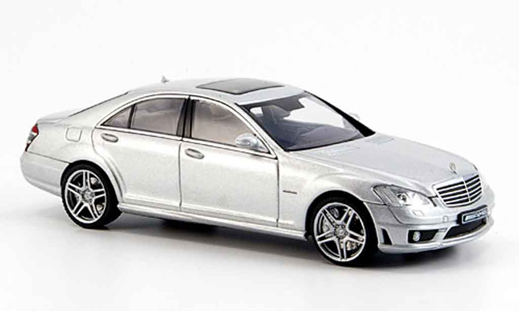 Mercedes Classe S 1/43 Autoart S63 AMG (W221) gray metallisee 2006 diecast