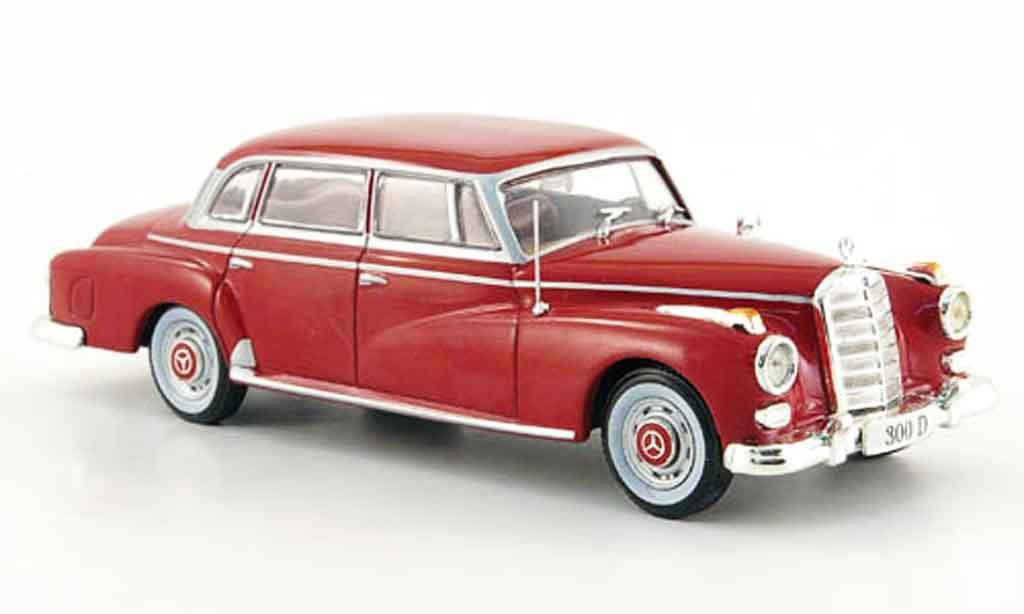 Mercedes 300 D 1/43 WhiteBox Limousine rouge 1957 miniature