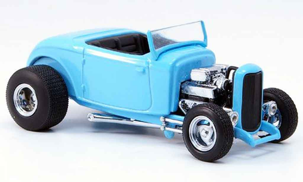 Ford 1932 1/43 Eagle Street Rod bleu noirees Interieur miniature