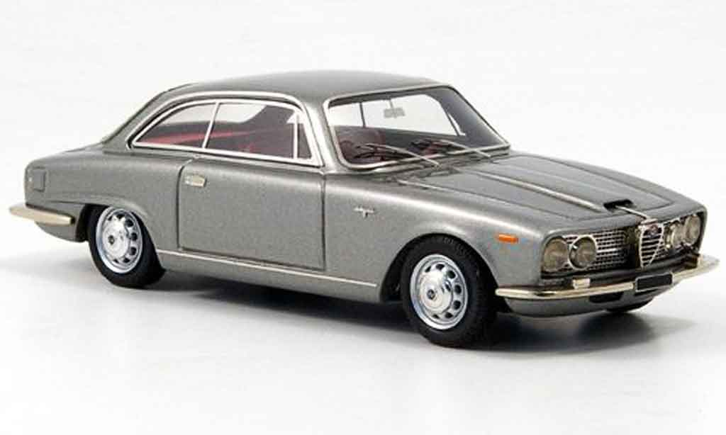 Alfa Romeo 2600 1/43 Look Smart sprint gray metallisee 1966 diecast