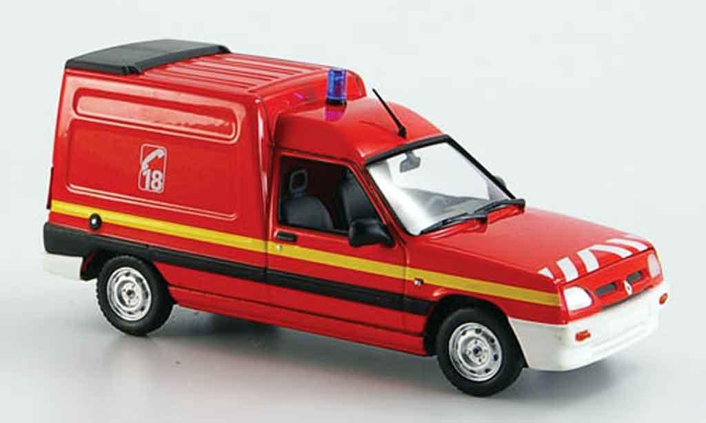 Renault Express 1/43 Norev pompier 1995 miniature