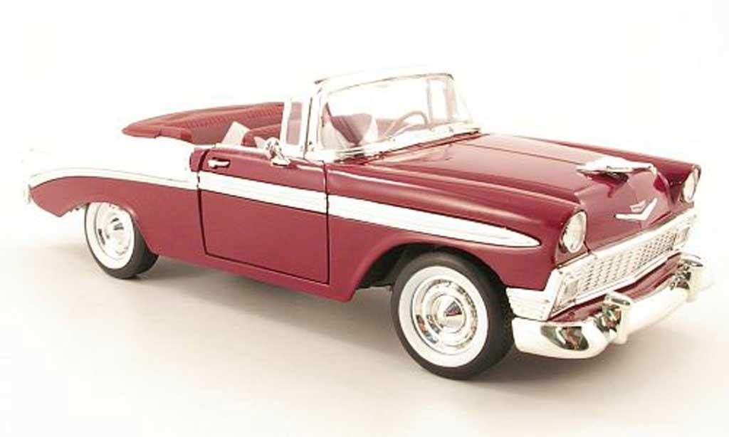 Chevrolet Bel Air 1956 1/18 Yat Ming lila/blanche miniature