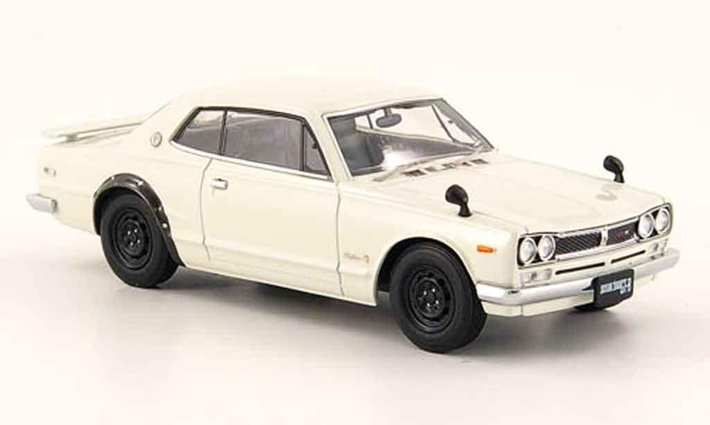 Nissan Skyline 2000 1/43 Ebbro GT R HT (KPGC10) blanche 2 Turer 1971 miniature