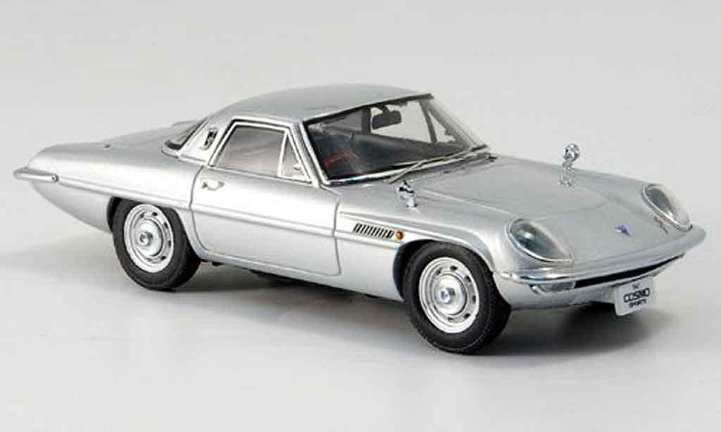 Mazda Cosmo 1/43 Ebbro Sports grise metallisee 1967 miniature
