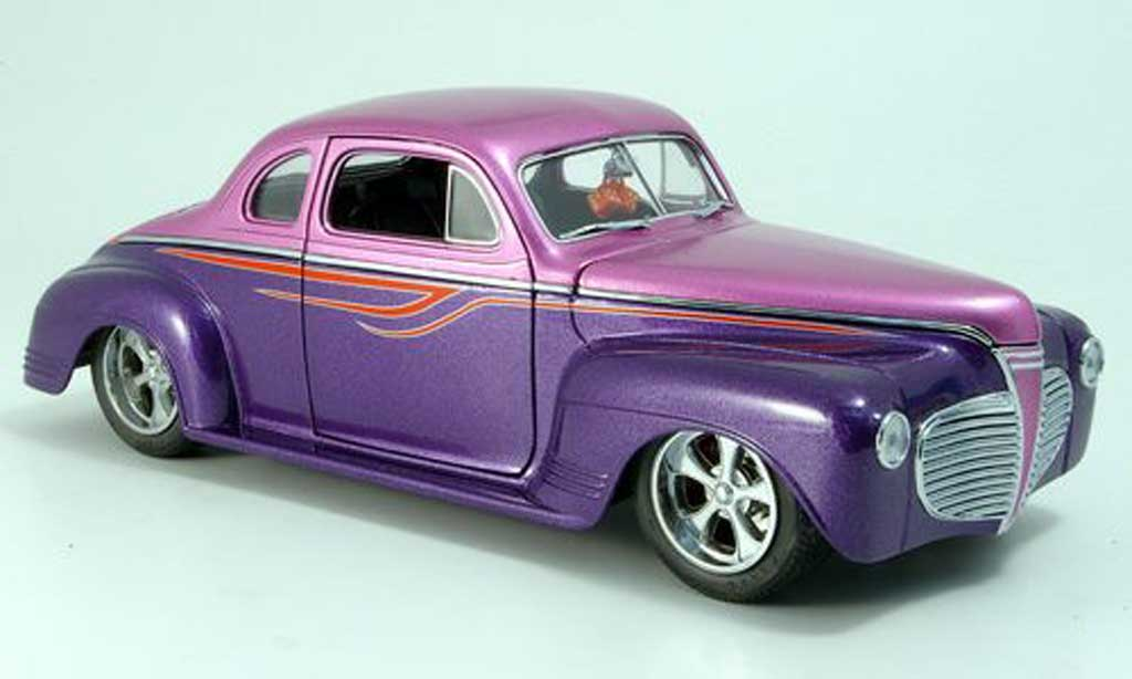 Plymouth Coupe 1941 1/18 Yat Ming lila hot rod miniature