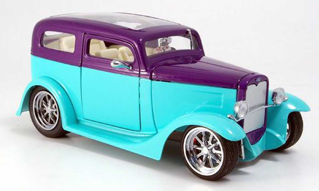 Ford Hot Rod 1/18 Yat Ming model a sedan grun/lila avec panoramadach 1931 miniature