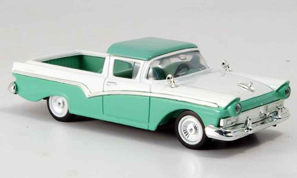 Ford Ranchero 1/43 Yat Ming verte blanche 1957 miniature