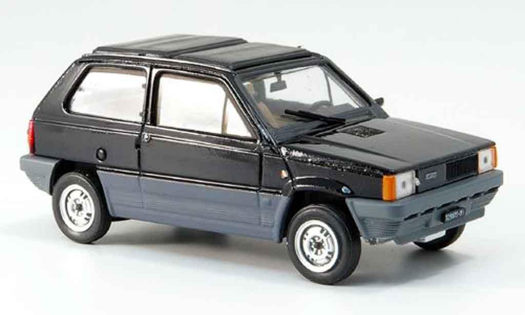 Fiat Panda 1/43 Brumm 45 noire avec capote Doppelfaltdach 1981 miniature
