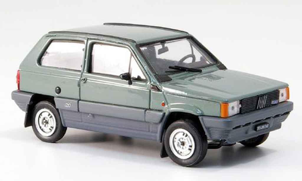 Fiat Panda 1/43 Brumm 4x4 olivverte 1983 miniature