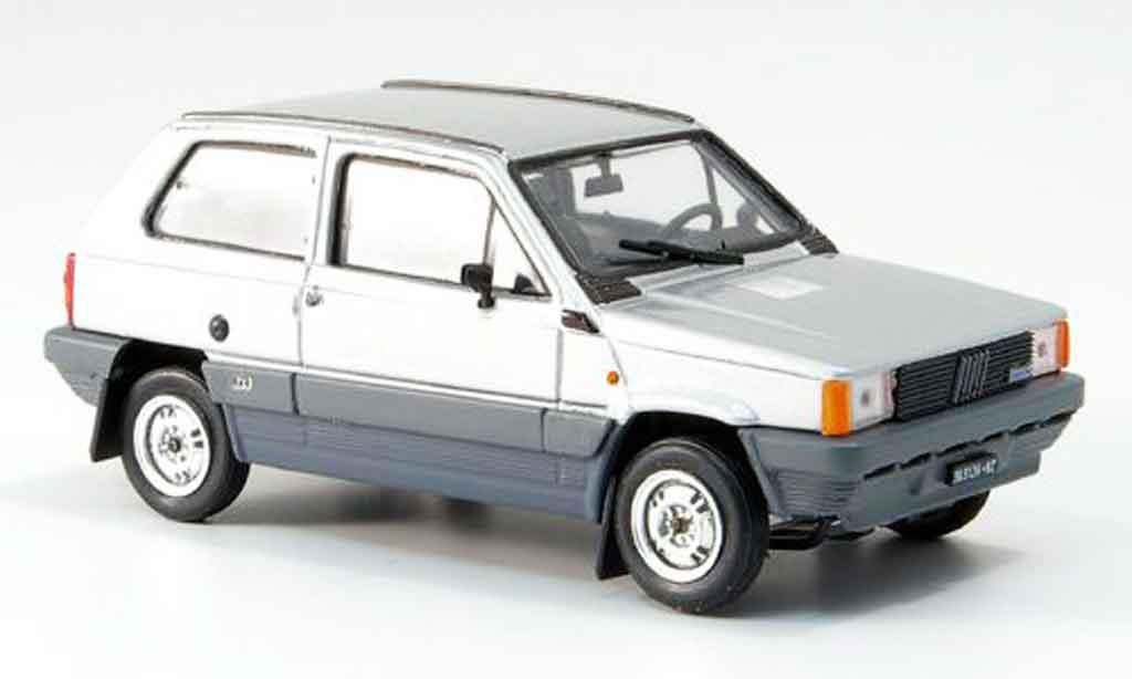 Fiat Panda 1/43 Brumm 4x4 grise 1983 miniature